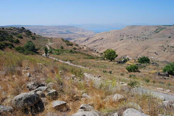 Em Hakshatot - view towards the west