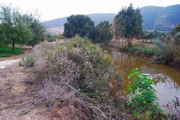 Kishon River east to Tell el_Amer (Meamar)