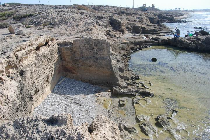 Khirbet Masref: ancient pier (north)