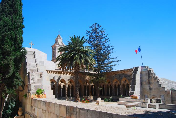 Pater Noster: the unfinished church