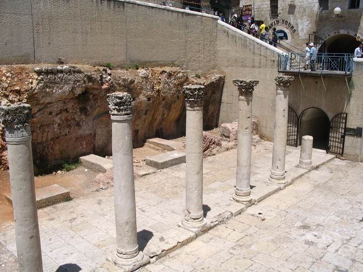 View of the Cardo in the Jewish quarter