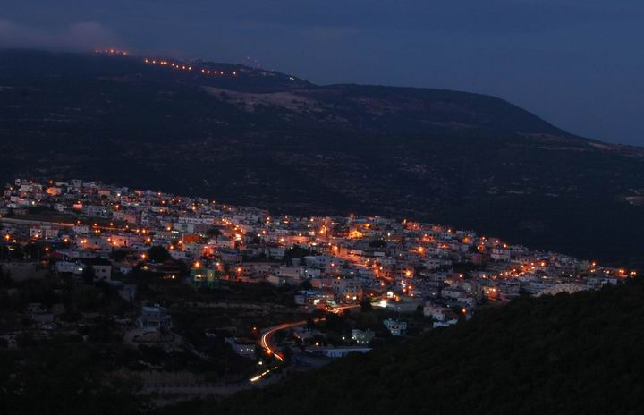 Beit Jan - view towards the north at night