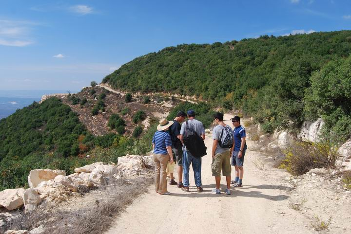 Beit Jan - Nature trail and view of Mt Ha'ari