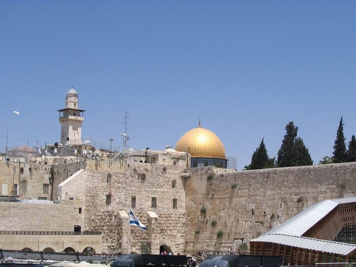 The western wall (on left side) and the Mugrabim ramp and bridge (right side).