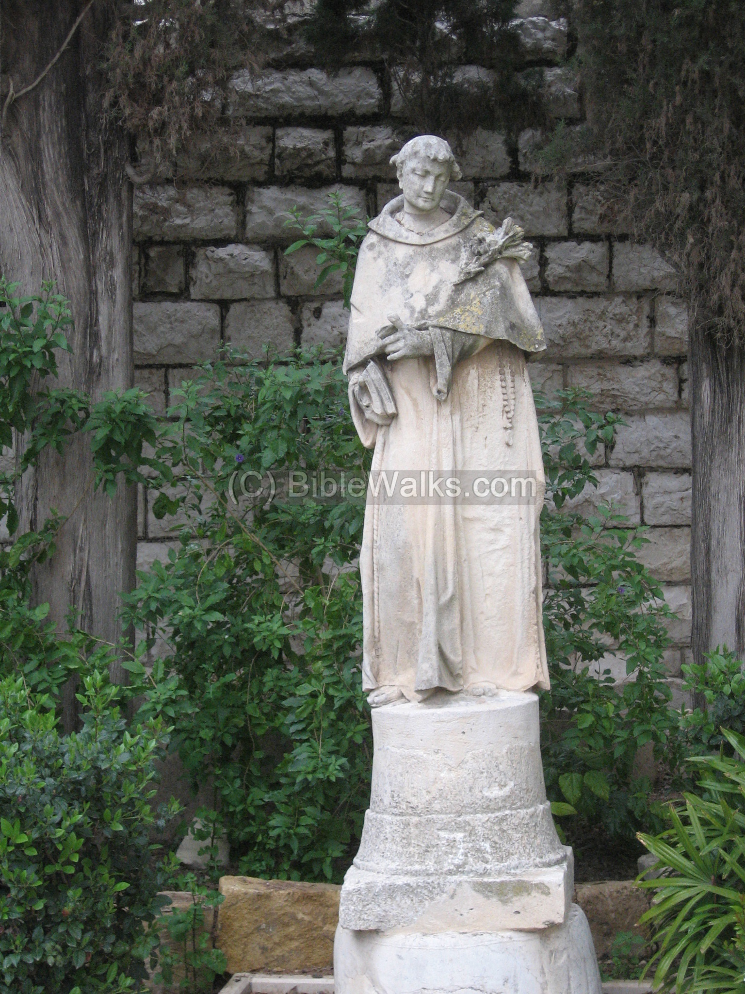 Status Of St Joseph In The Garden Church Nazareth