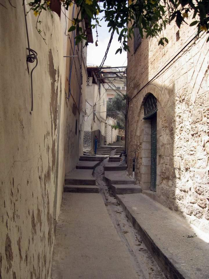 This is the view of the alley above the Mensa Christi church, which can be accessed only by foot.